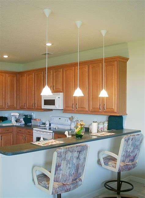 Low Hanging Mini Pendant Lights Over Kitchen Island For An Hanging Kitchen Lights Island