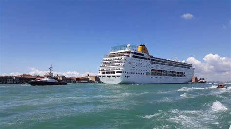 venice cruise ship  grand canal   youtube
