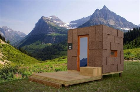 Outdoor Cabin ecocubo is prefab outdoor cabin made of cork