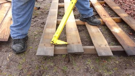 diy pro diy projects pallet projects and more the eizzy bar pro