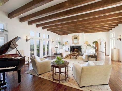 17 Exposed Beam Ceiling Designs In Rustic But Modern Interior Exposed Beam Ceiling Living Room