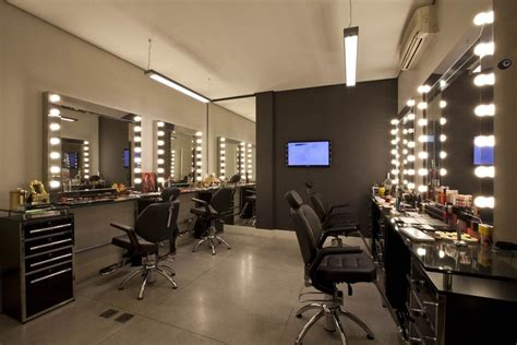 salon mirrors with lights blend salon hair pleasures salon pinterest the o