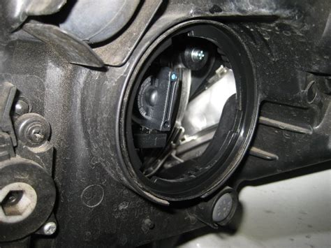 Kia Headlight Bulb Kia Soul Headlight Bulbs Replacement Guide 007