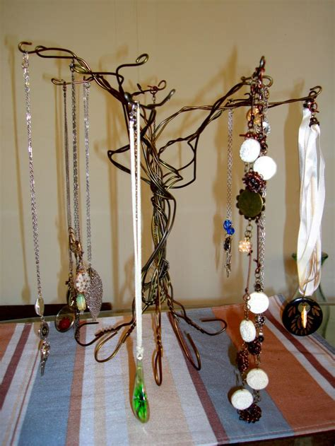 Make Hanger - 17 best images about make it with wire coat hangers on