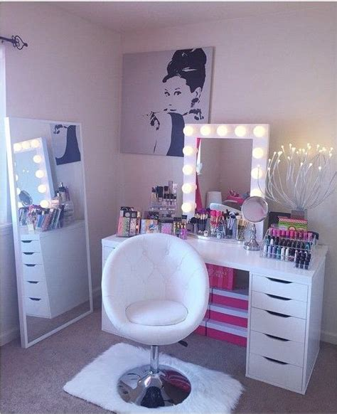 makeup room furniture the 25 best vanity chairs ideas on