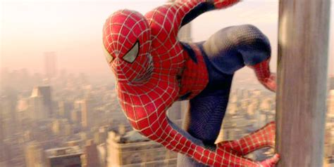 spider man swinging 10 of the best moments from spider man s big screen
