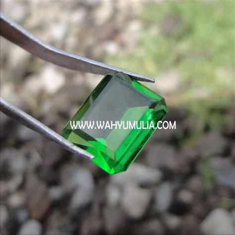 Harga Batu Cincin Meteor Hitam batu green tektit moldavite meteor hijau 3 wahyu mulia