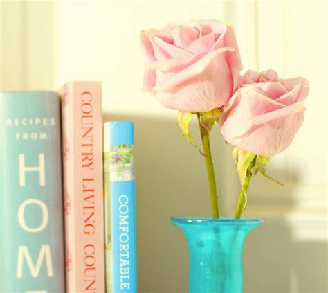 pretty books books flowers pink pretty vintage favim 137725