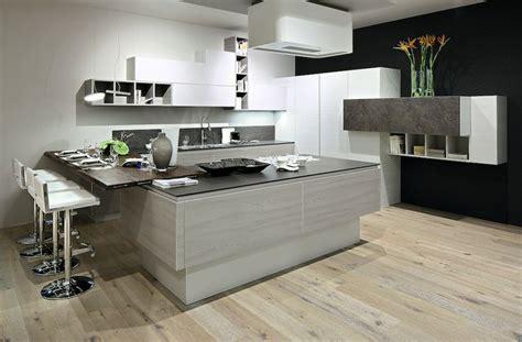 cucine con angolo dispensa pi 249 di 25 fantastiche idee su dispensa ad angolo su