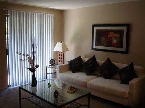 ide desain interior ruang tamu sederhana  ideal
