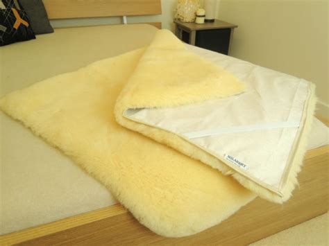 sheepskin bed pad 100 genuine medical rectangular sheepskin bed pad mat underlay mattress ebay