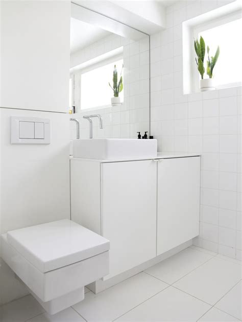 Modern White Bathroom White Bathrooms Can Be Interesting Fresh Design Ideas