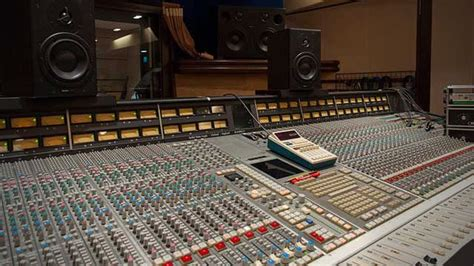 Top Sound Engineering Schools by Become An Audio Engineer Top Recording Schools Dj Techtools