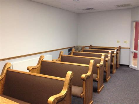 used church benches church pews for chapels in nursing homes church pews