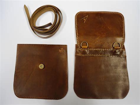 como hacer una cartera de cuero para hombre no te pierdas como hacer bolsos de cuero sencillos