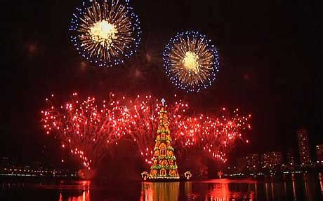 how do brazilians decorate for christmas brazil lights up largest floating tree sri lanka news