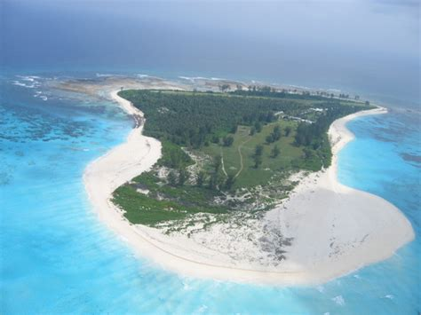 bird island beach seychelles