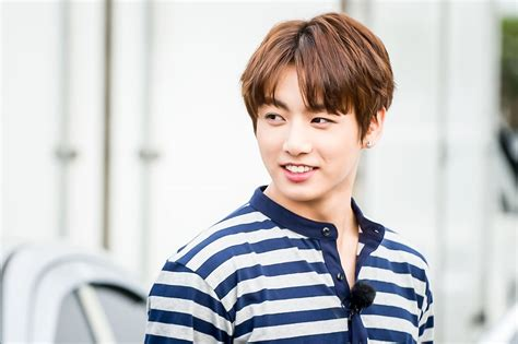 bts age picture bts jungkook on flower crew 160715