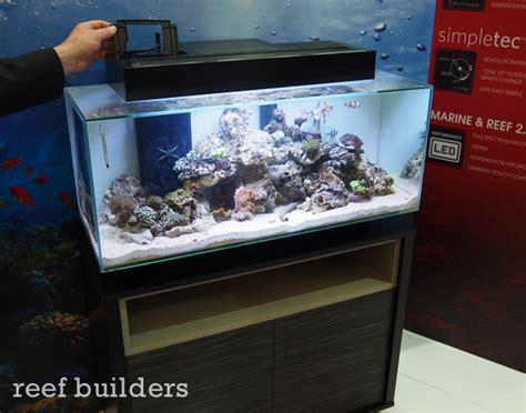 fluval edge marine light hagen announces new larger fluval edge tanks with led