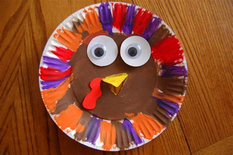 How To Make Turkeys Out Of Paper Plates - a plump and turkey she s crafty