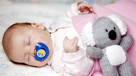 baby kommt nicht in den schlaf ruhiger schlaf f 252 r ihr baby tagesablauf planen