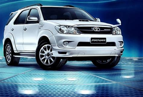 Fortuner J 854 White the gallery for gt fortuner white front