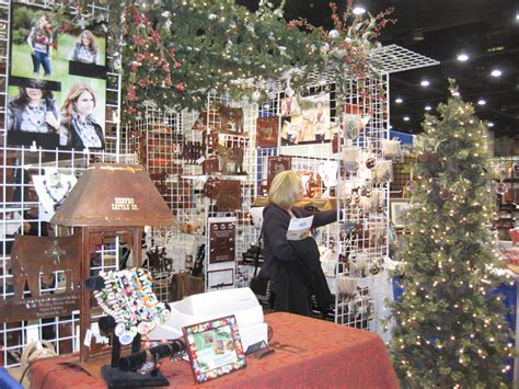 gift and home decor trade shows 10 holiday ideas for your trade show booth gopromotional