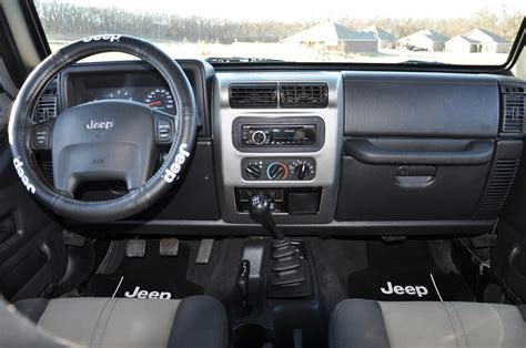 2004 Jeep Liberty Interior by 2004 Jeep Wrangler Interior Pictures Cargurus