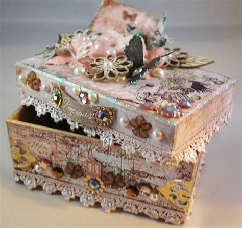 decorate box 25 best ideas about decorated boxes on sofia