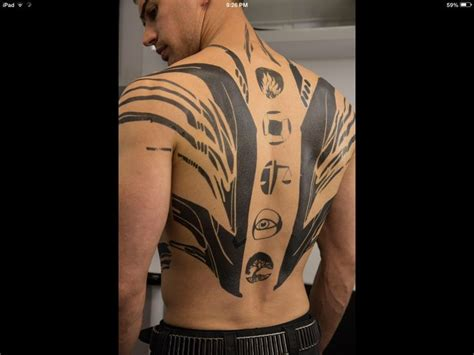 divergent back tattoo that tho gt
