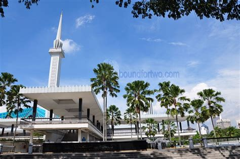 masjid negara design pinoy on a shoestring guide to kuala lumpur boundfortwo com