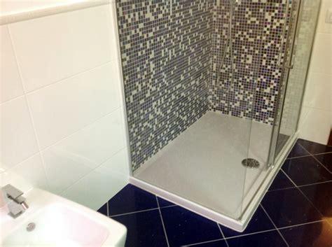 piatto doccia 70x120 foto piatto doccia 70x120 in vetroresina de r d m srl