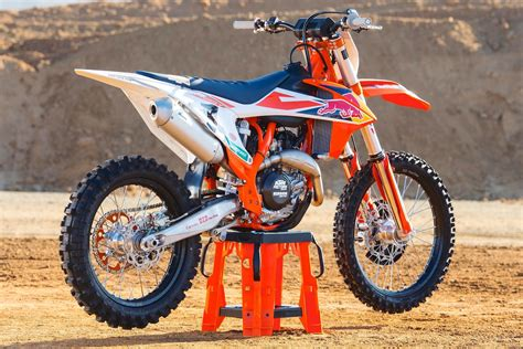 Ktm 450 Exc Auto Clutch by 2018 Ktm 450 Sx F Factory Edition Look Auto Moto Time