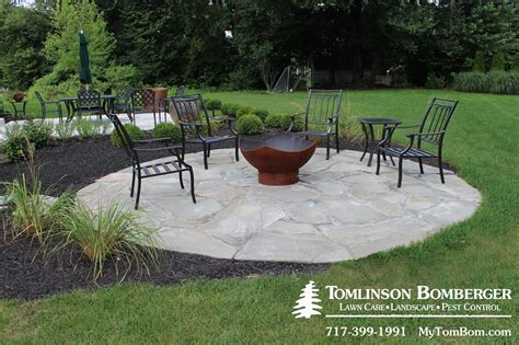 fire pit for small backyard fire pit 1 fire pit pinterest patios wall fires and gravel patio