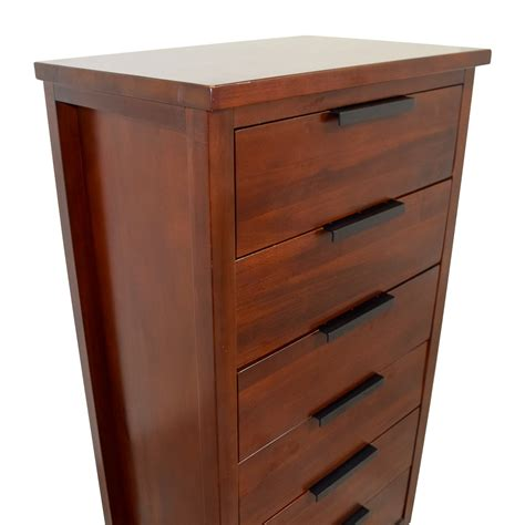 55 haverty haverty six drawer wood chest dresser