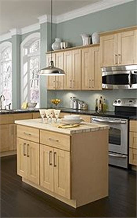 Findley Myers Kitchen Cabinets by 1000 Images About Maple Kitchens On Maple