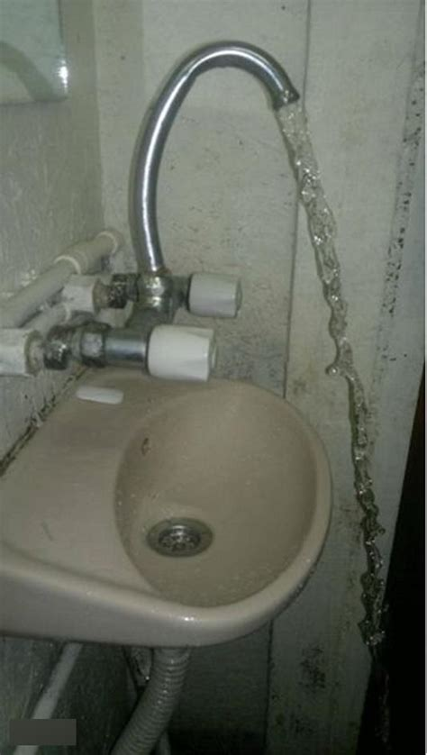21 baffling home design fails this overenthusiastic sink 21 design fails that will