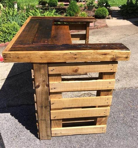 How To Make Pallet by Upcycled Wood Pallet Bar
