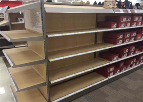 Shelf Company Canada target closing in canada these pictures show why it failed