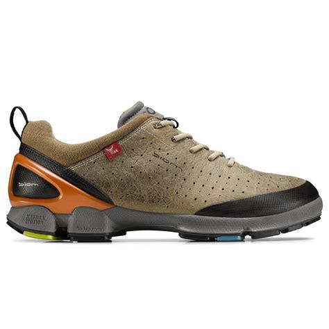 ecco biom walking shoes images