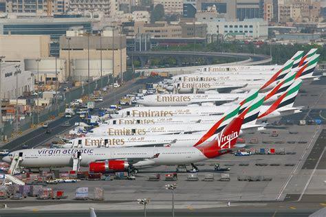 emirates cgk dxb dubai intl airport