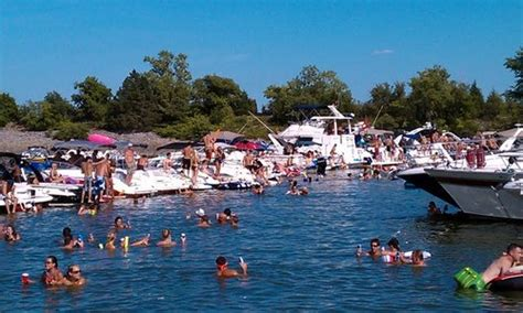 party boat rentals near dallas tx lake lewisville