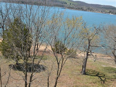 table rock lake vacation rentals with boat slip table rock sunset a lakefront condo on indian point