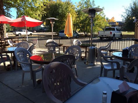 kitchen collection atascadero time at aj s patio gets busy at lunch time but usually pretty mellow for dinner bring