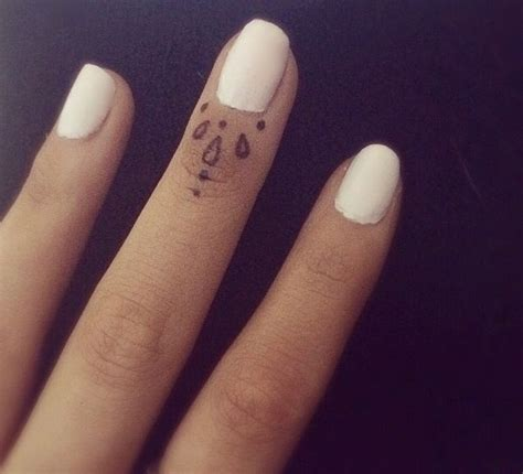 tribal tattoos for fingers 17 best images about girly tattoos on small