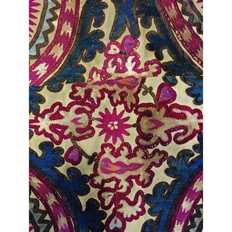 uzbek embroidery antique collectors online 19th century antique uzbek embroidery suzani katie leede