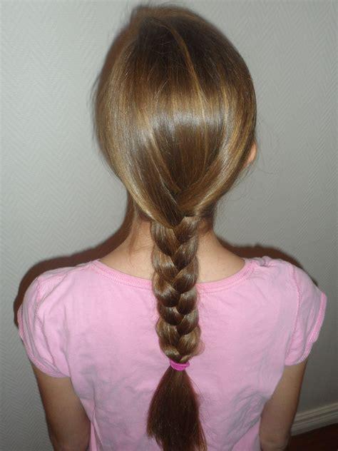 three strand braid or plait one how to tie knots how to do a basic three strand braid awesome hairstyle