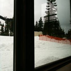 mountain top bar and grill cypress mountain crazy raven bar and grill burgers west vancouver bc reviews