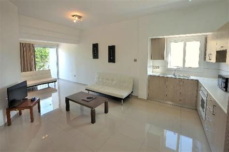 mayfair appartments mayfair gardens apartments paphos cyprus apartment