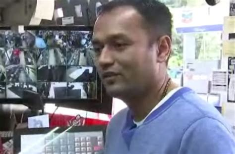Gas Station Manager by Gas Station Manager Stops Would Be Credit Card Scam